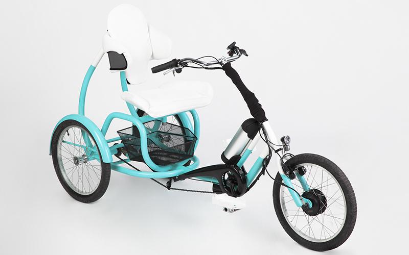Győztes pályamunka!  A'Design Award  díjas Túri Tamás elektromos triciklije